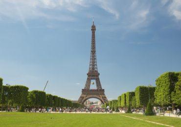 Megahnya Menara Eiffel Di Paris Perancis
